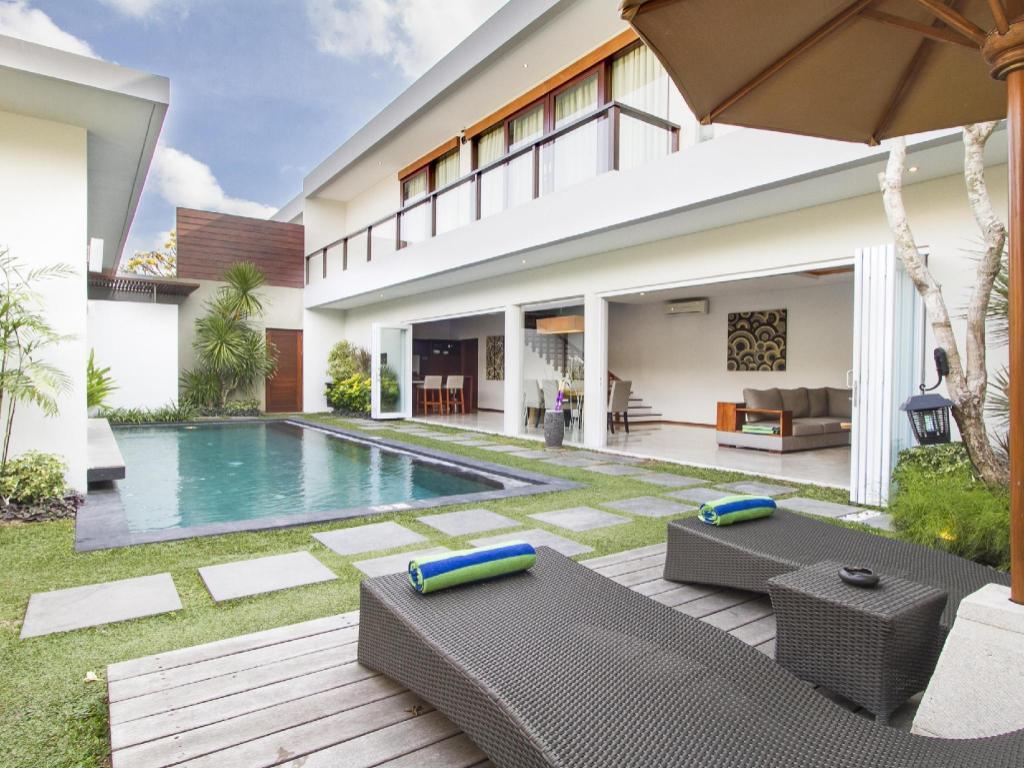 amadea resort villas seminyak bali in indonesia room. Black Bedroom Furniture Sets. Home Design Ideas