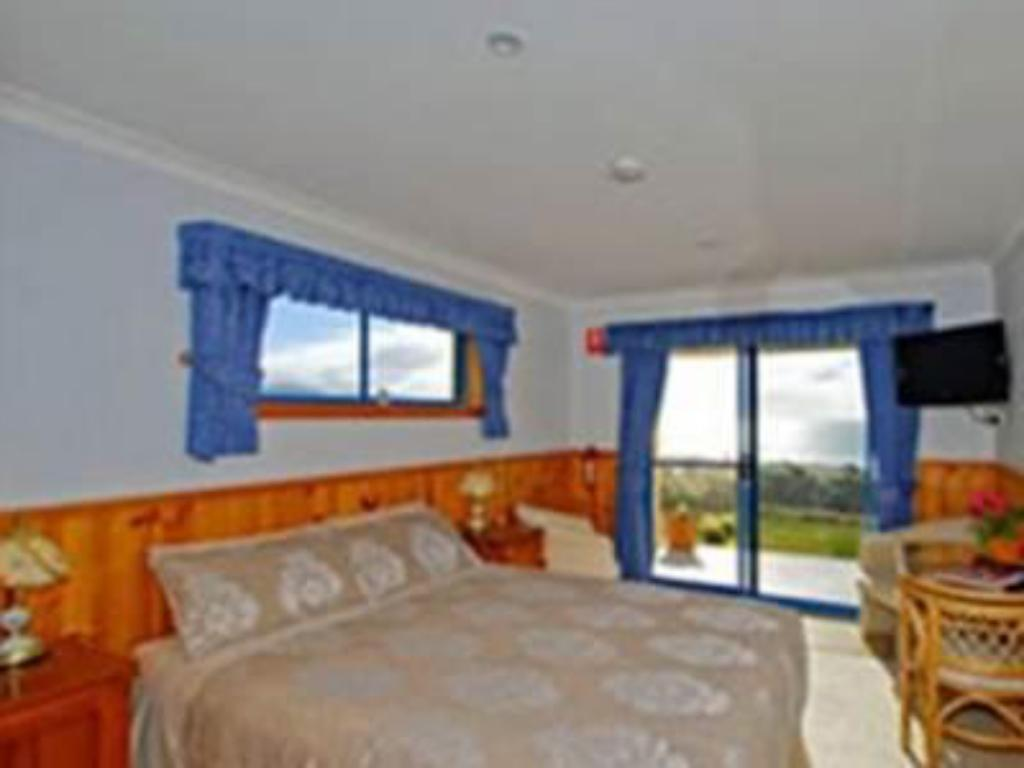 Queen room with spa - Guestroom Bicheno's Ocean View Retreat