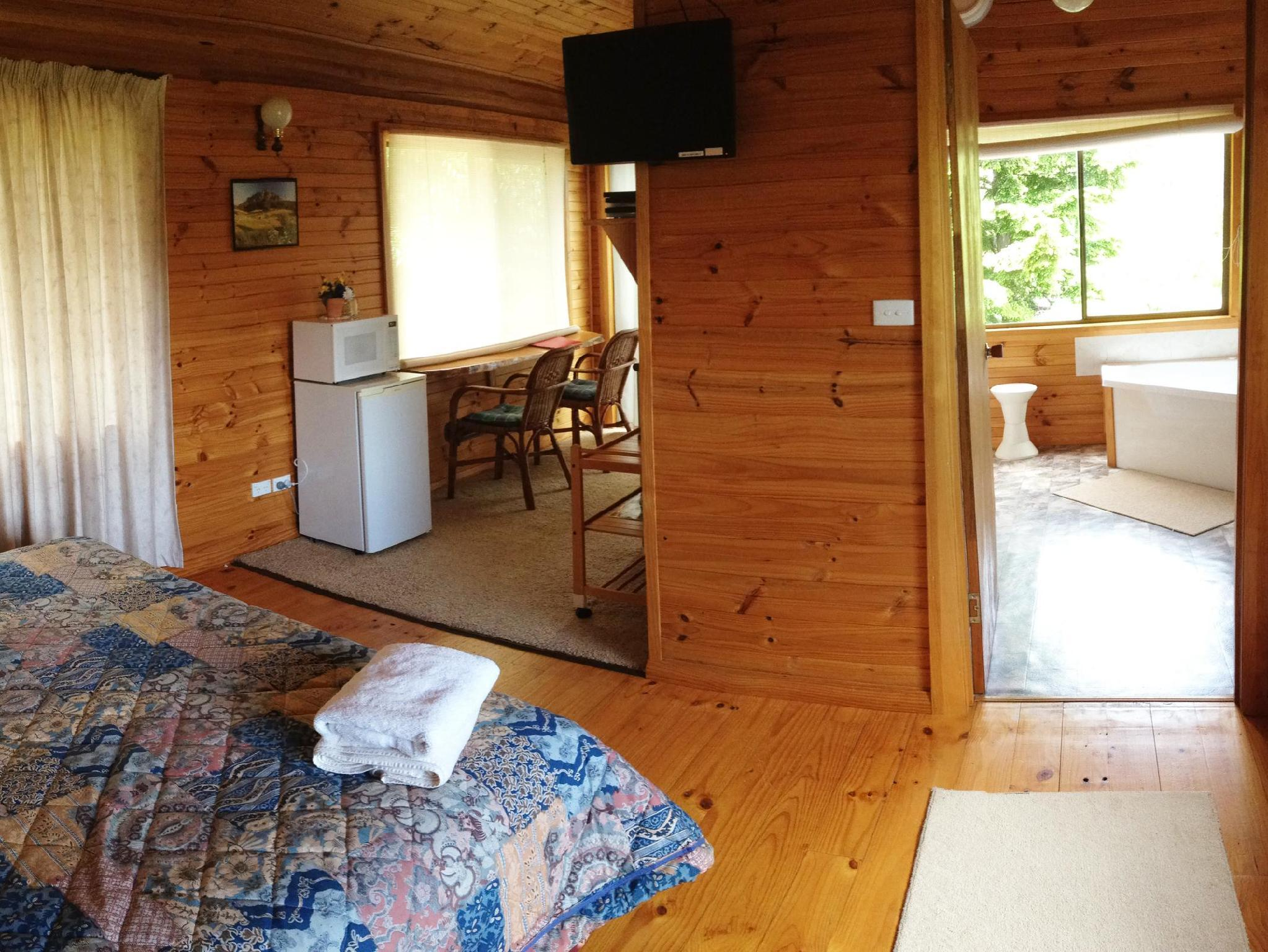 Aaa Granary Accommodation The Last Resort Best Price On Silver Ridge Retreat In Cradle Mountain Reviews