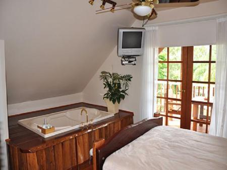 Clarence River Bed Amp Breakfast In Grafton Room Deals