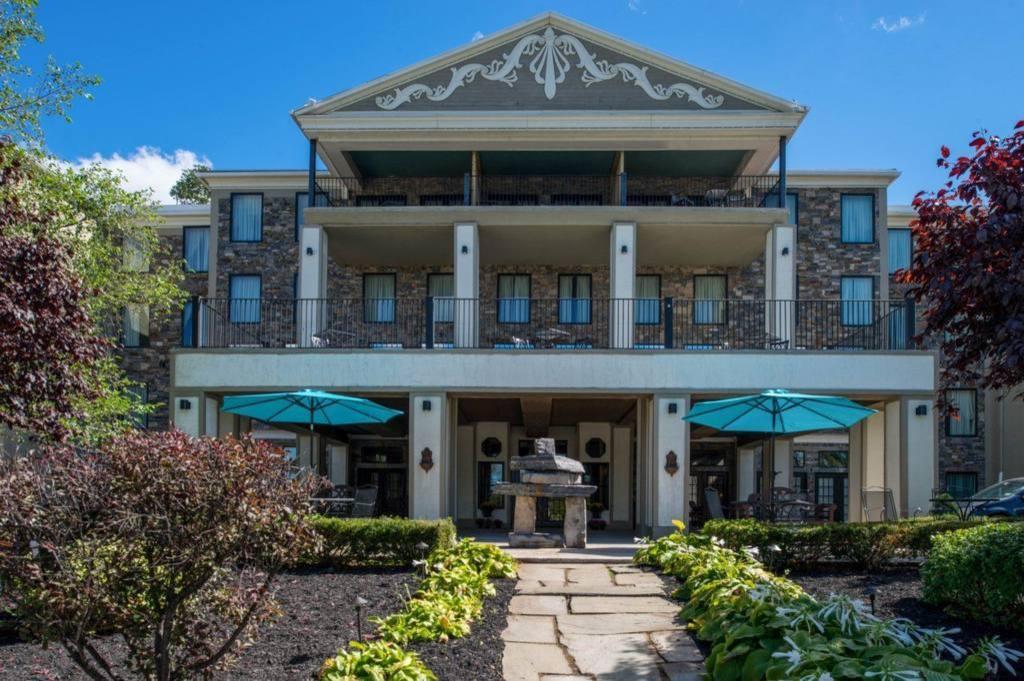 Niagara Crossing Hotel & SPA in Lewiston (NY) - Room Deals, Photos & Reviews