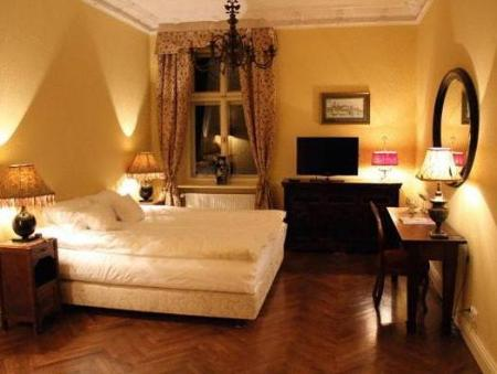 Suite (2 Adults) Cracow Apartments 24