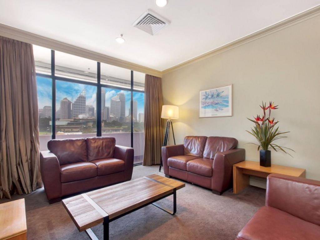 More about Top Floor Apartment in Woolloomooloo