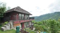 Edensor Hills Villa, Resort & Cafe