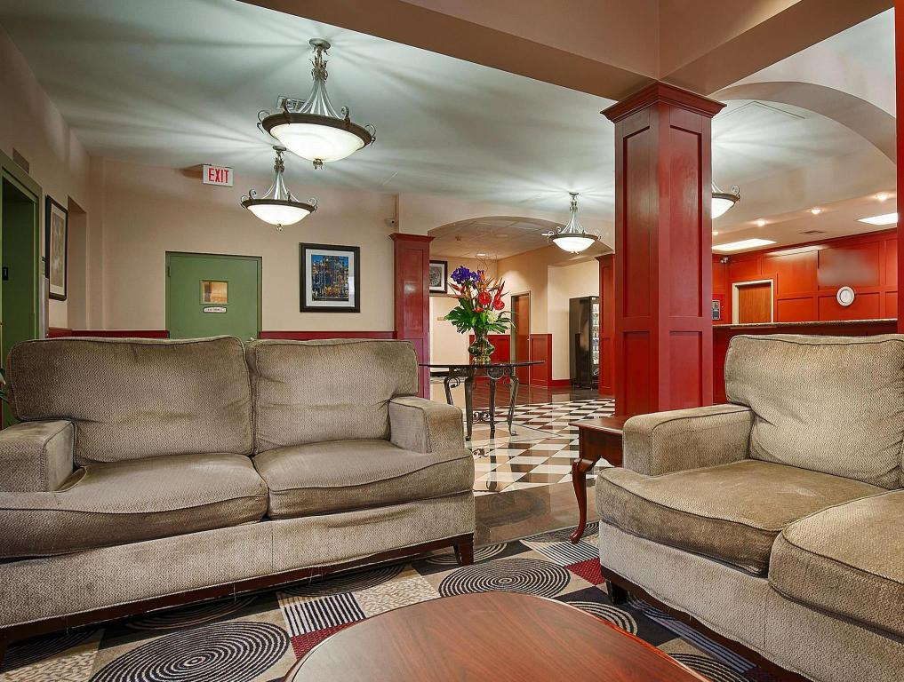 Lobby SureStay Plus Hotel by Best Western Houston Medical Center