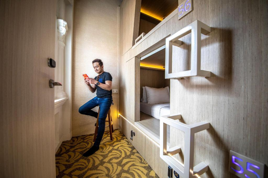 Cube Boutique Capsule Hotel Kampong Glam Sg Clean Certified In Singapore Room Deals Photos Reviews
