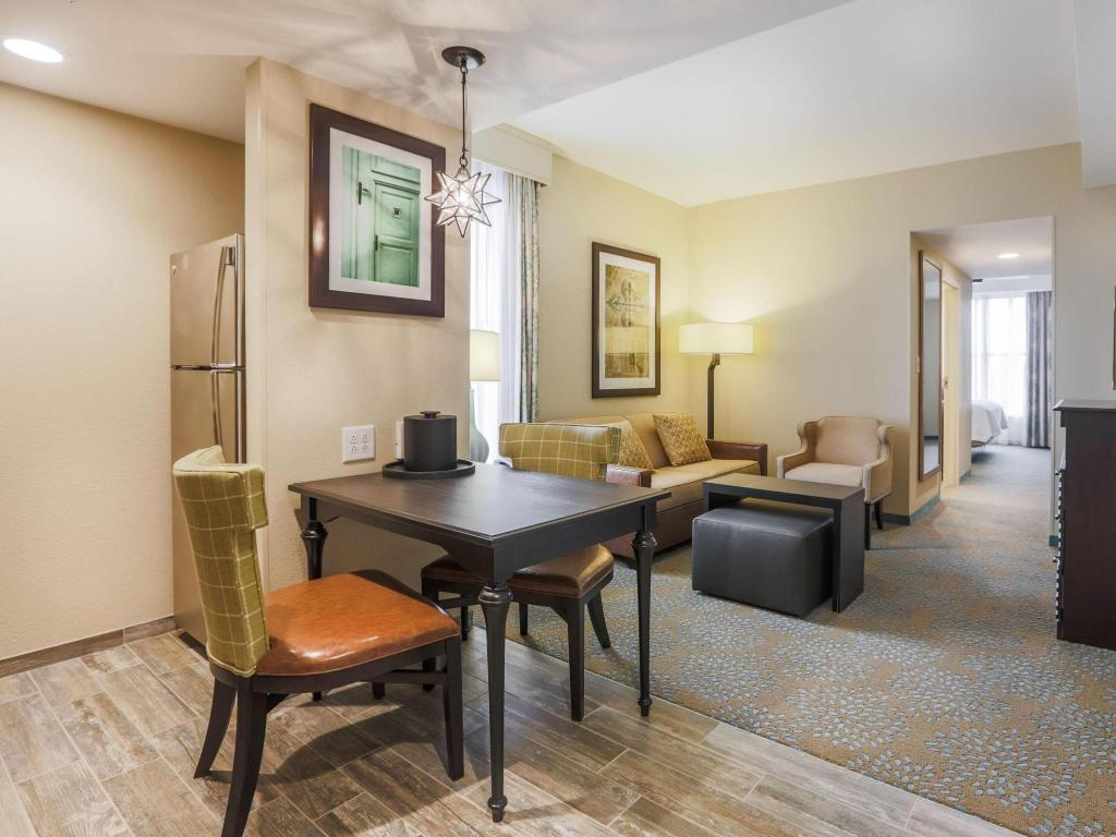 Homewood suites by hilton charleston historic district in - 2 bedroom hotels in charleston sc ...