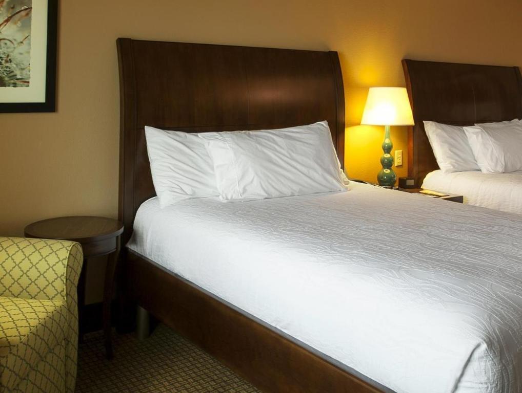 2 queen beds guestroom hilton garden inn lawton fort sill - Hilton Garden Inn Lawton Ok