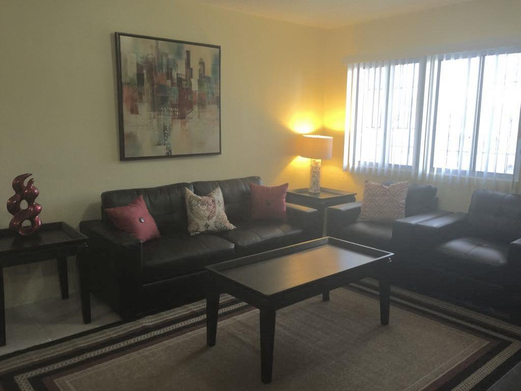 See all 17 photos 2 bedroom 1 bathroom Private apt
