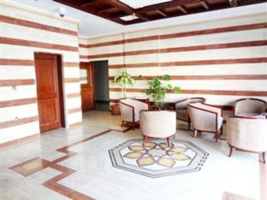 Foyer Sahara Hotel Apartment
