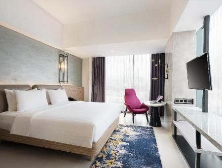 Superior Room with Queen Bed - Bed Hotel Mercure Bandung City Centre