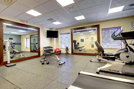 fitness centrum Hampton Inn and Suites Grafton