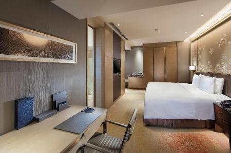 King Guest Room - Bed Hilton Yantai