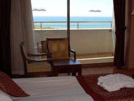 Standard Doppel- oder Zweibettzimmer mit Meerblick (Standard Double or Twin Room with Sea View)