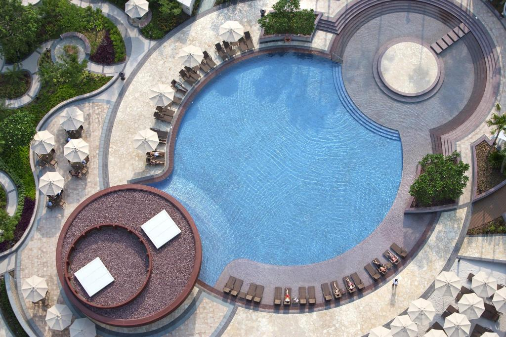 Swimming pool [outdoor] City of Dreams - The Countdown Hotel