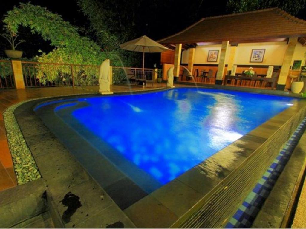 Best price on puri nusa indah sanur beach hotel in bali for Best hotels in bali near beach
