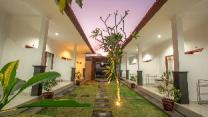 Twin House Batubelig