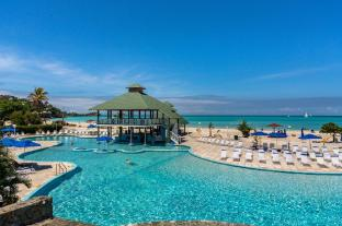 Jolly Beach Resort & Spa All Inclusive