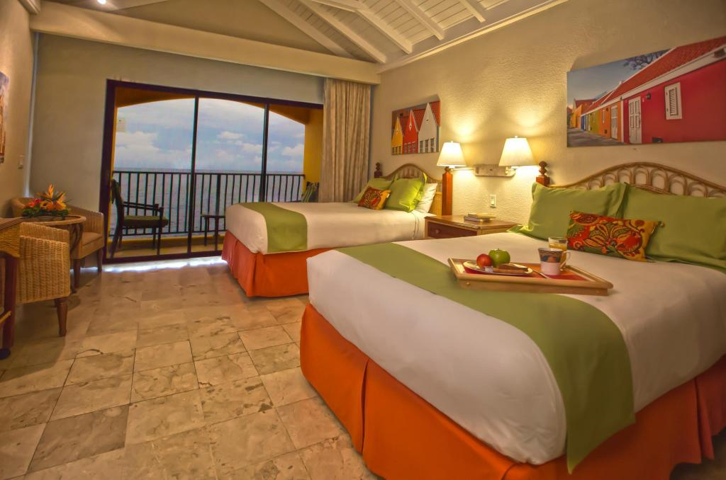 Junior Suite With Breakfast - Bed The Royal Sea Aquarium Resort