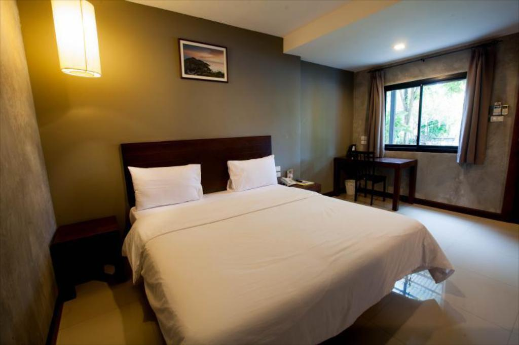 Standard Double Room - Bed Chalicha Resort