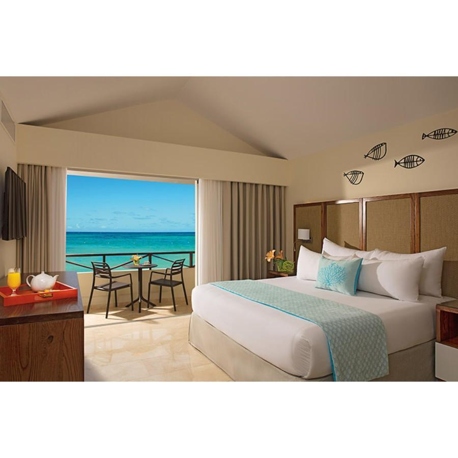 Sun Club Deluxe Ocean View Room with King Bed (Sun Club Deluxe King Ocean View)