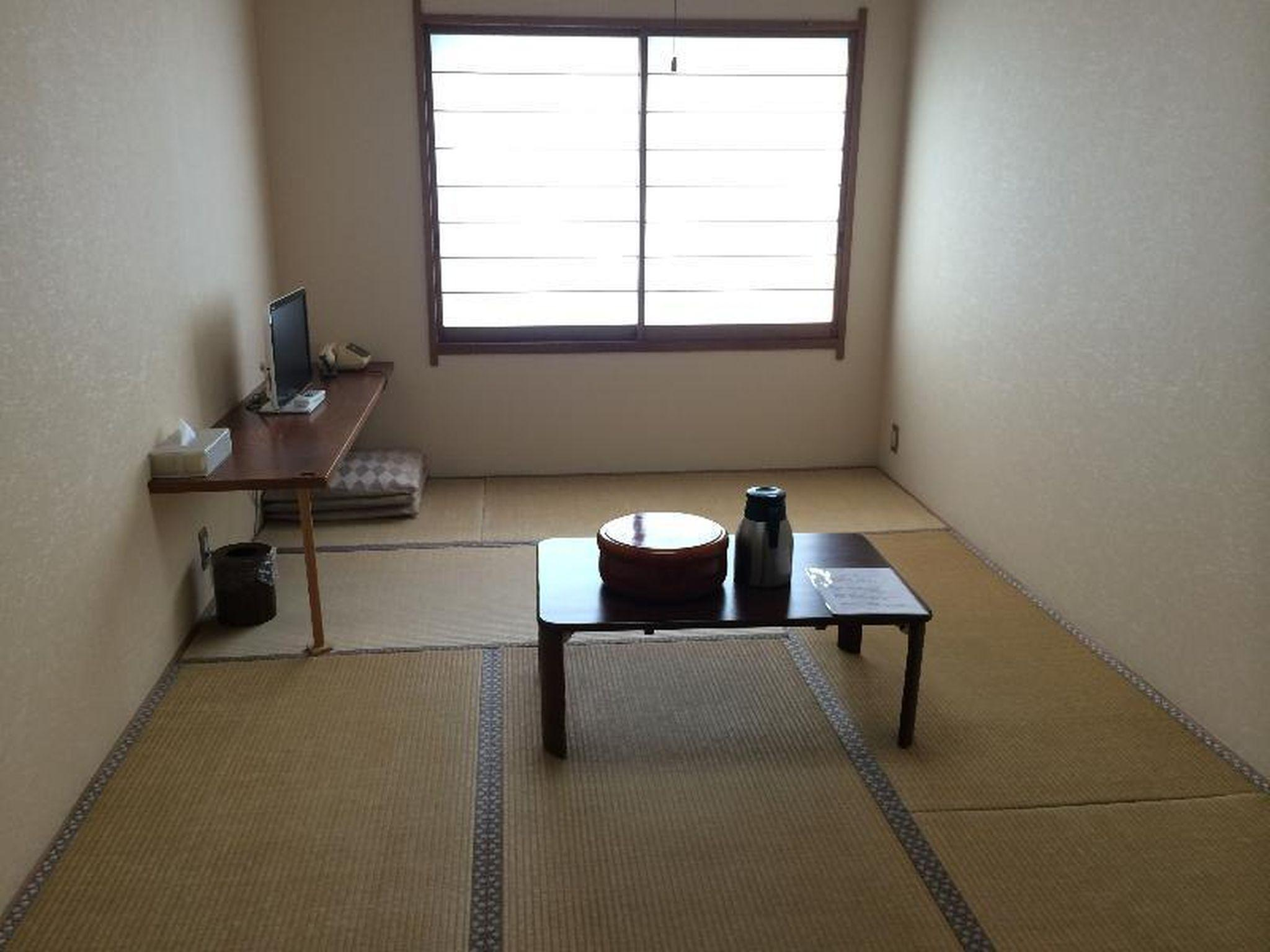 Japanese 9.6 sq.m for 1 or 2 People