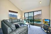The Eagles Nest - Queenstown Holiday Home