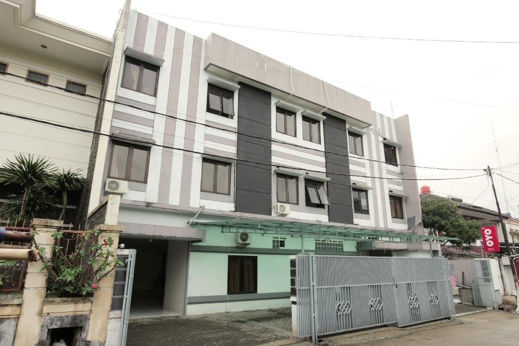 More about OYO 196 Horizone Residence