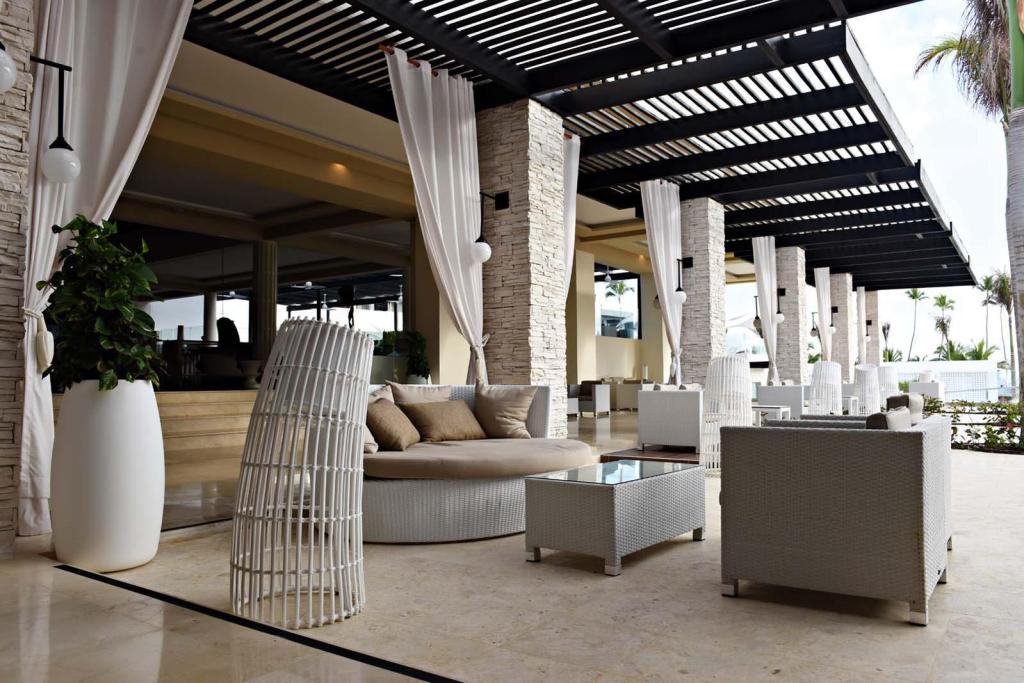 Lobby CHIC by Royalton All Inclusive Resort – Adults Only