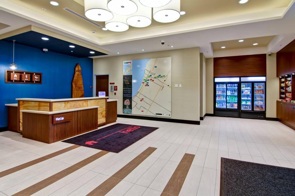 Lobby TownePlace Suites by Marriott Kincardine