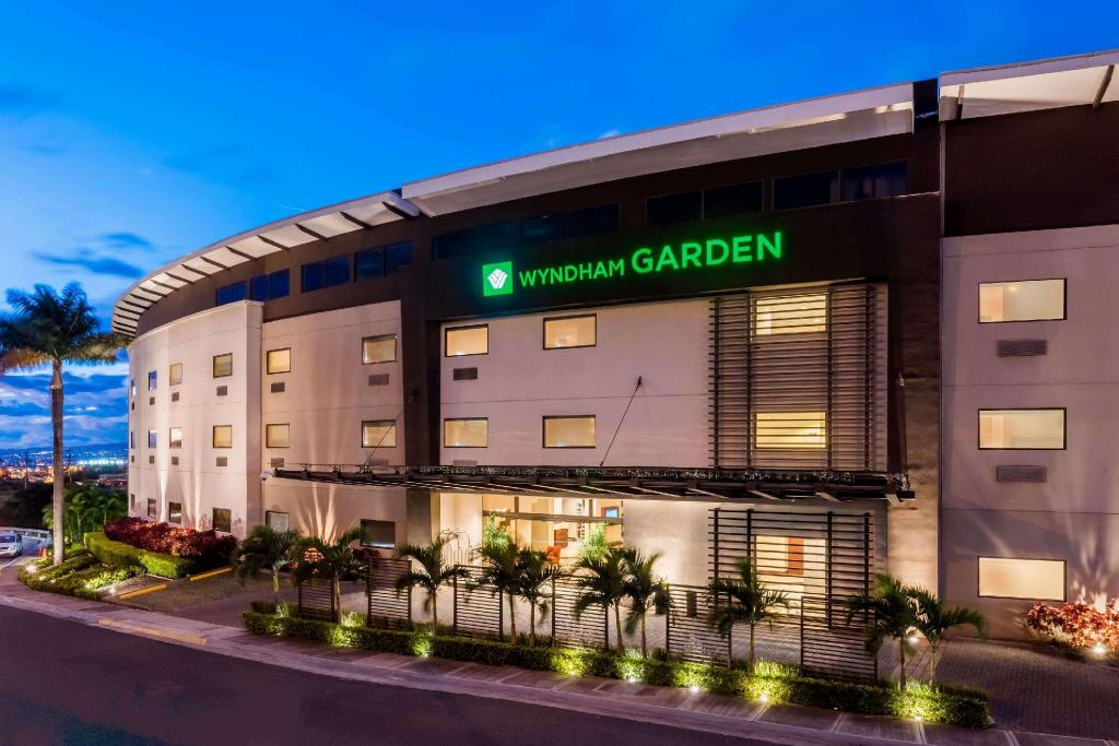 More about Wyndham Garden San Jose Escazu
