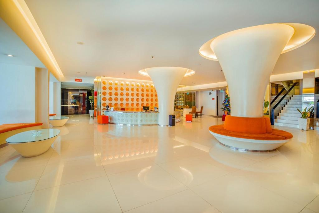 Lobby Hotel Cemerlang