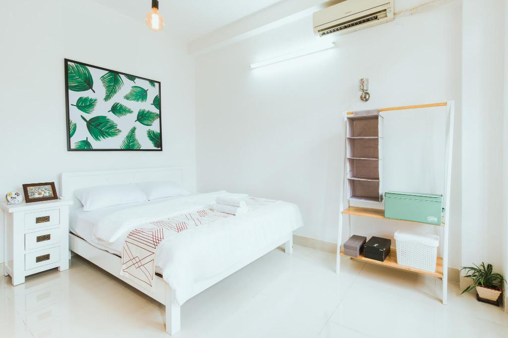 Best Price On Urban House Saigon 2 Deluxe Room With Balcony In Ho