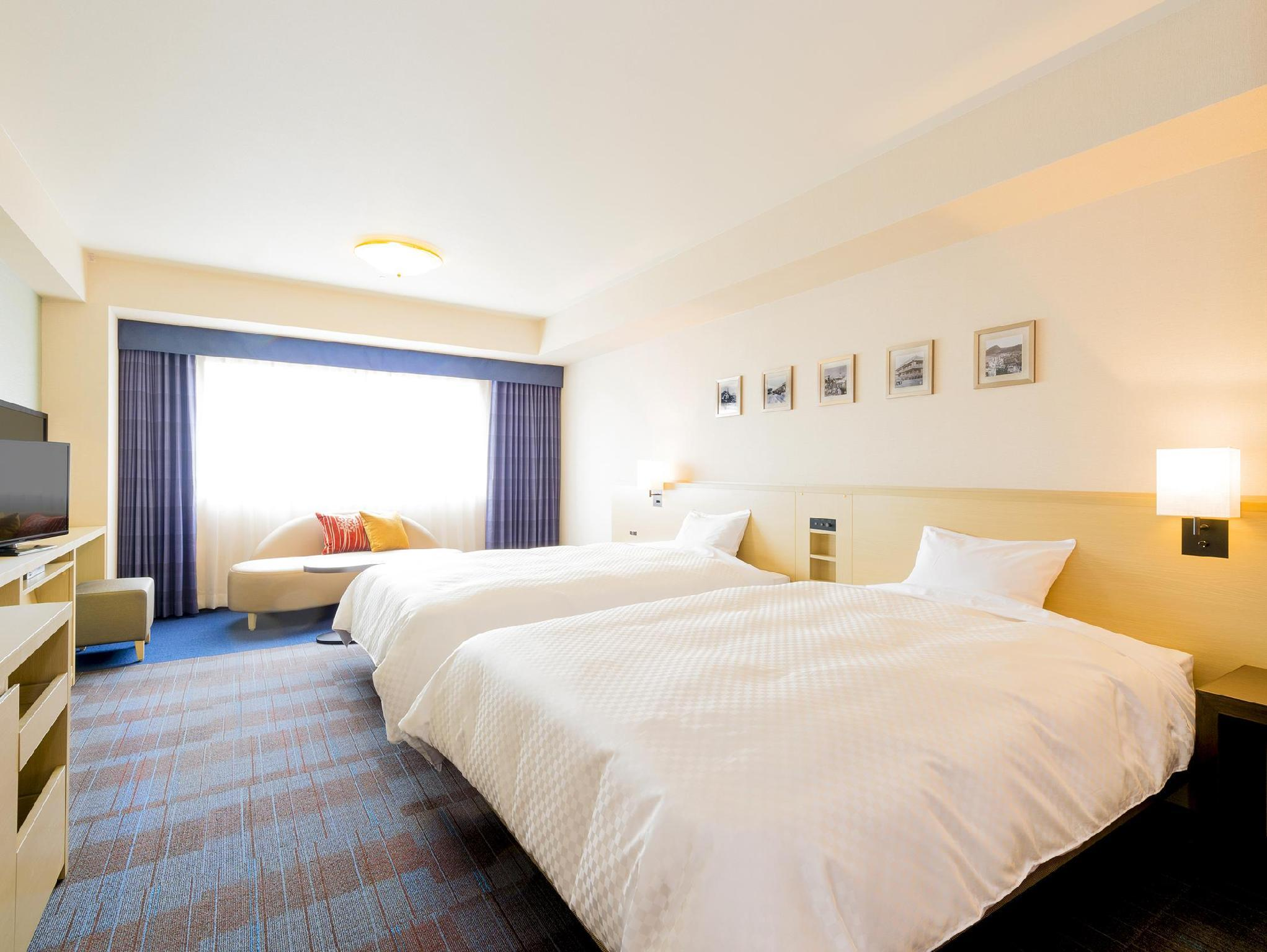 디럭스 트윈 (금연) (Deluxe Twin Non-Smoking)