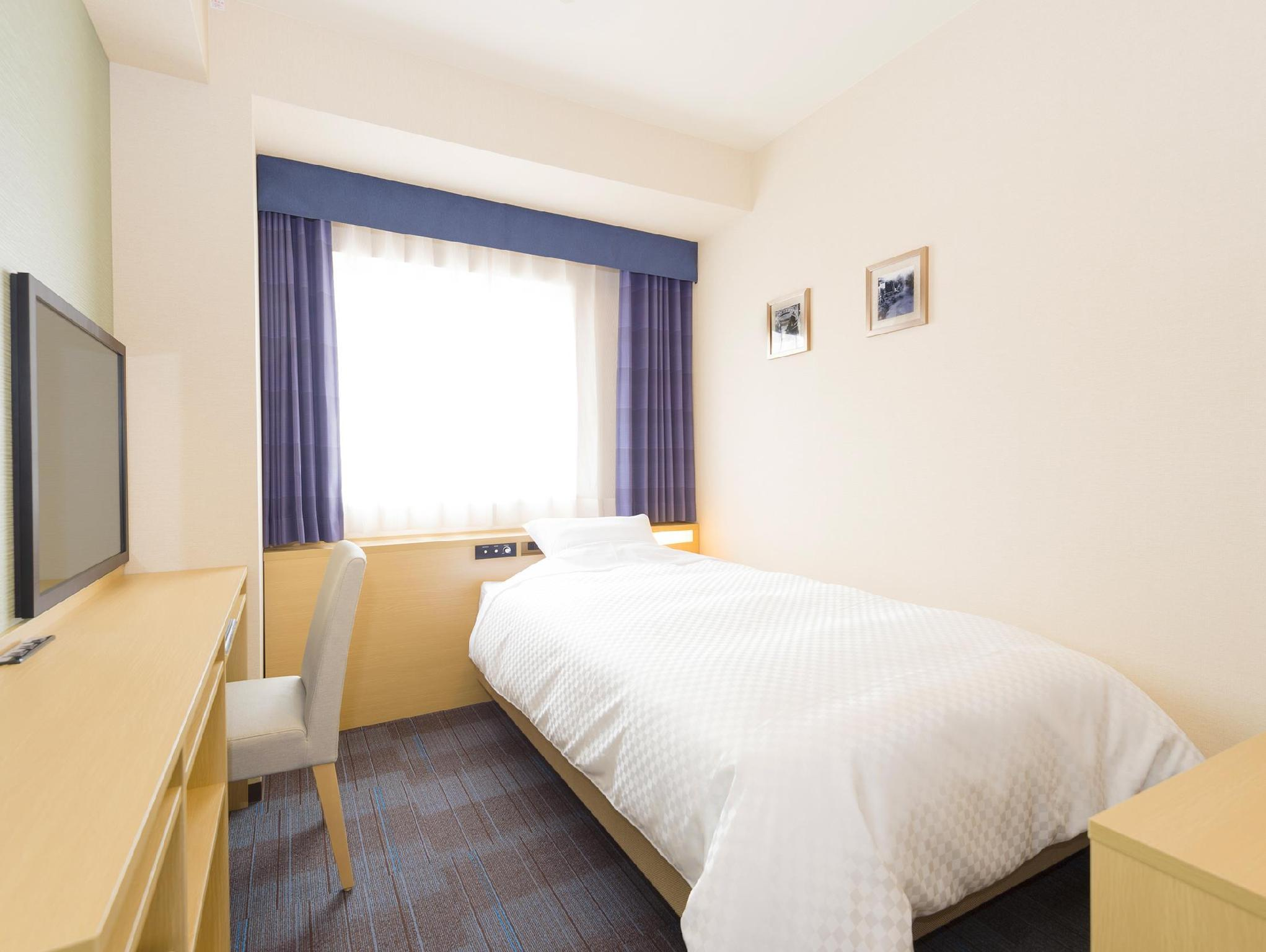 스탠다드 싱글 (금연) (Standard Single Non - Smoking)