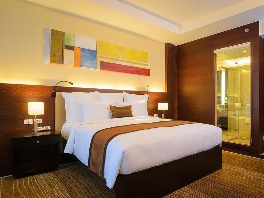 Deluxe Guestroom Aetas Lumpini