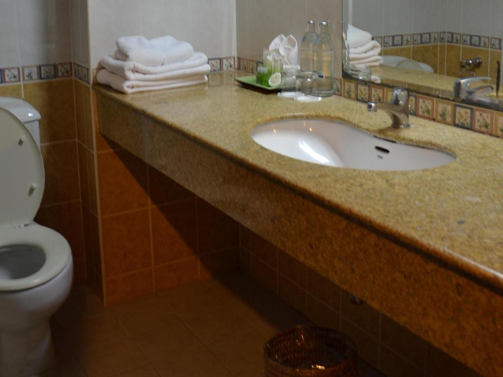 Deluxe - Bathroom Grand Hotel Pattaya