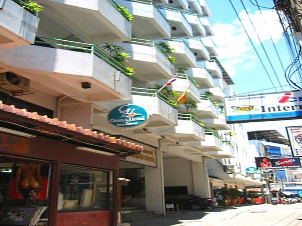 More about Grand Hotel Pattaya