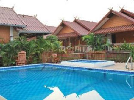 Pool 4T Guesthouse