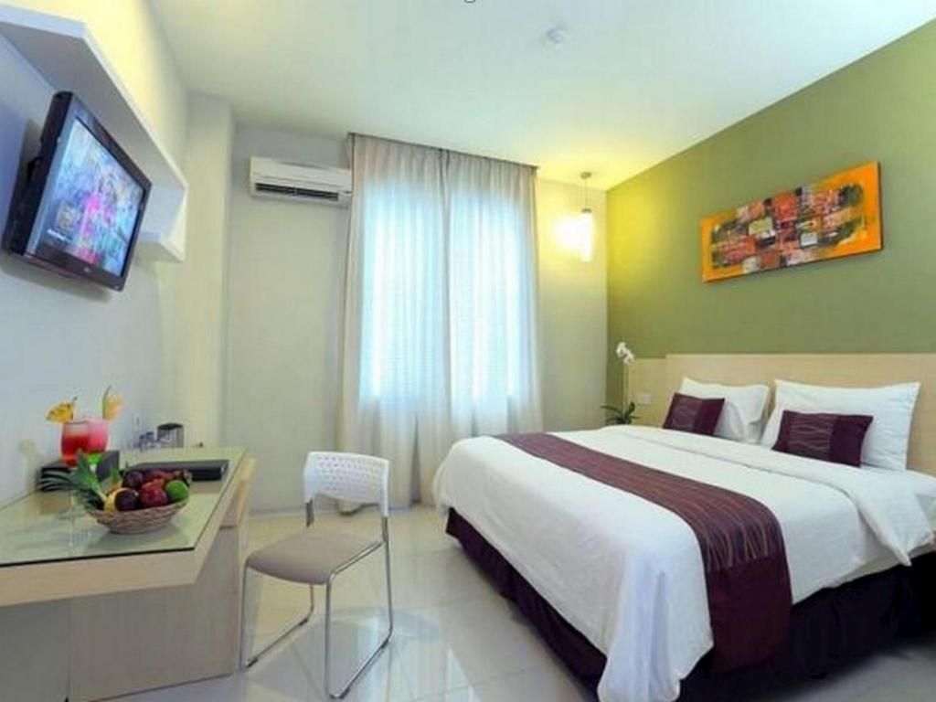 Lombok Plaza Hotel In Indonesia Room Deals Photos Reviews