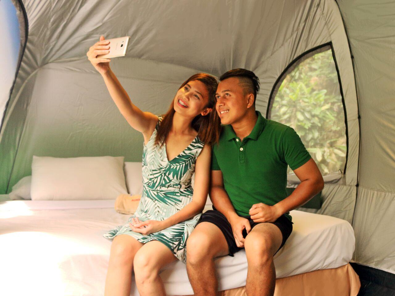 Lost World Outdoor Glamping for 2 Adults