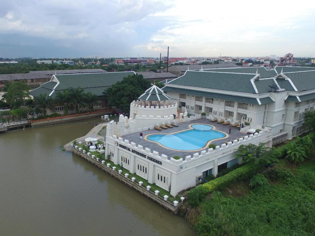 More about Buddy Oriental Riverside Hotel