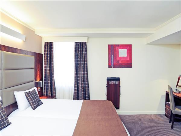 Executive Room with Twin Beds