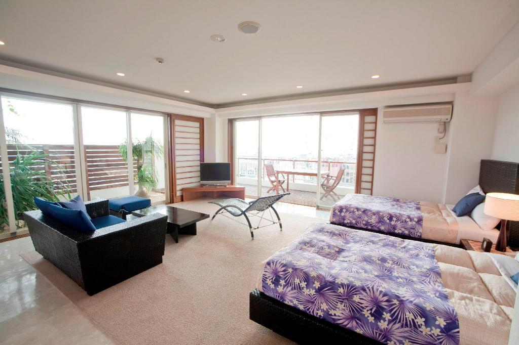Premium Suite Terrace Garden Mihama Resort