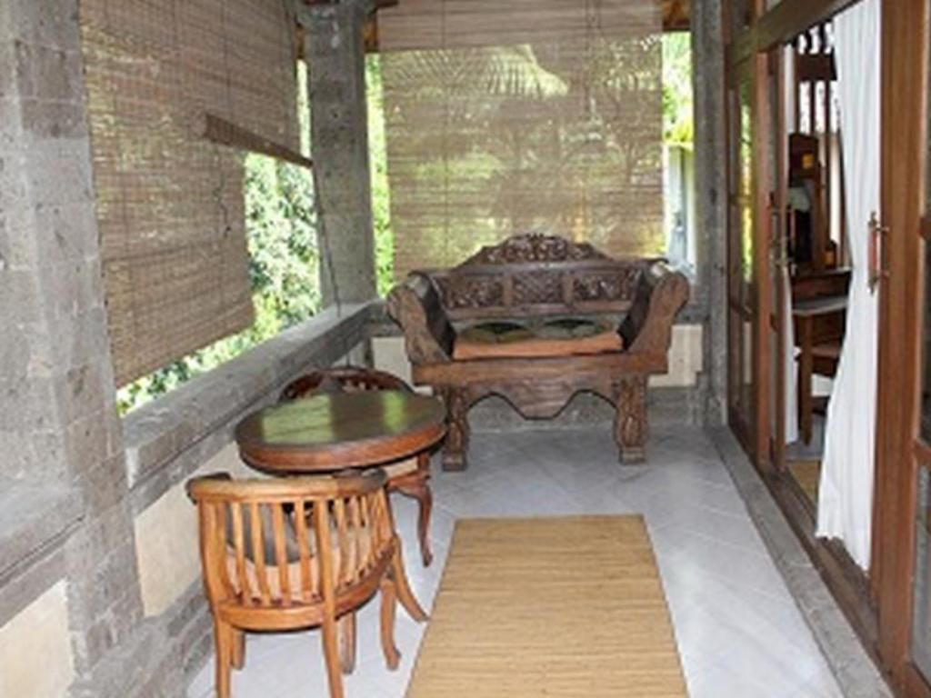 Balkon/teras Family Guest House Ubud