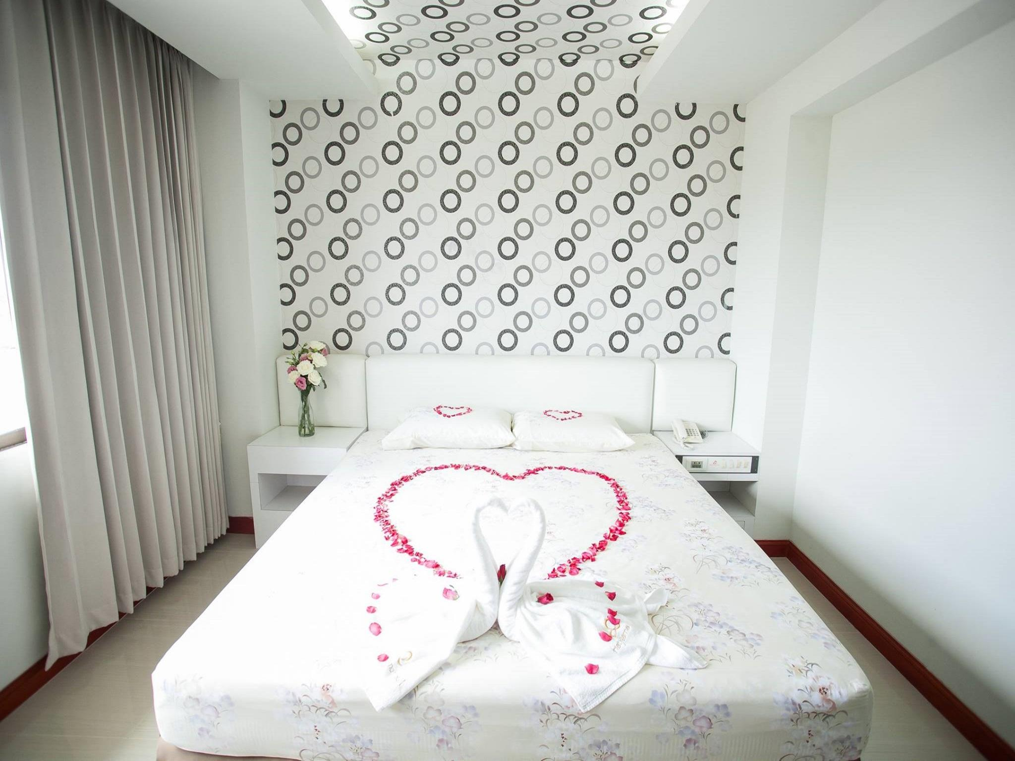 Standard Room (1 Double Bed)