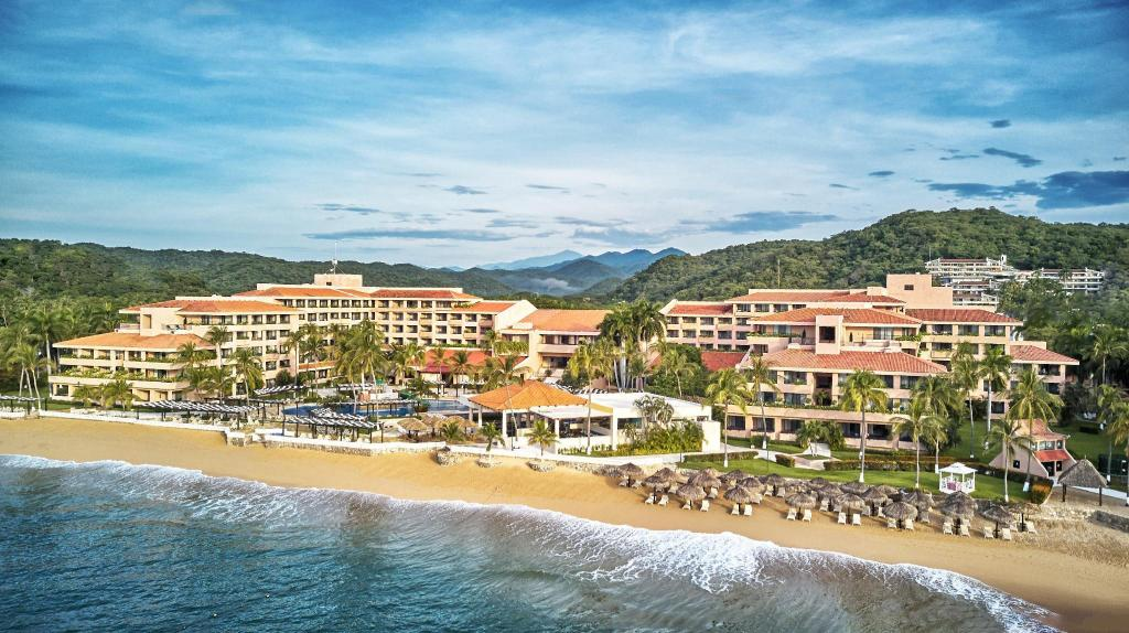 Barcelo Huatulco All Inclusive Tangolunda Booking Deals Photos Reviews