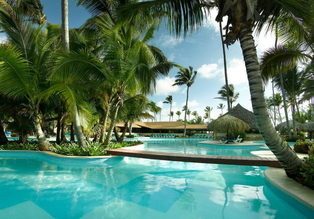 Punta Cana Resorts >> Grand Palladium Punta Cana Resort Spa All Inclusive Room Deals