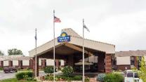 Days Inn & Suites by Wyndham Northwest Indianapolis
