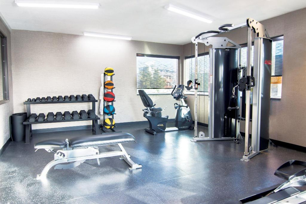 Fitness center Super 8 Anchorage